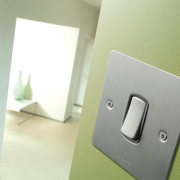 Synergy Legrand flat switch
